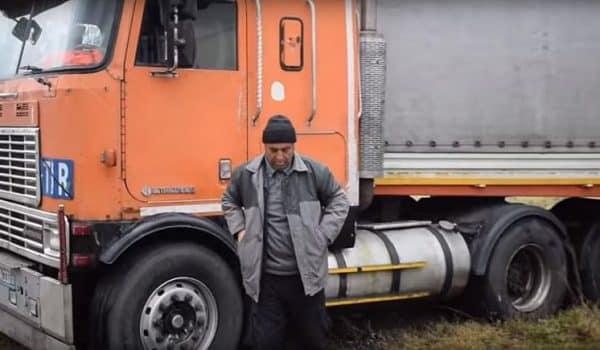 مجلهی جاده   راننده کامیونی که قربانی تحریم شد! + عکس